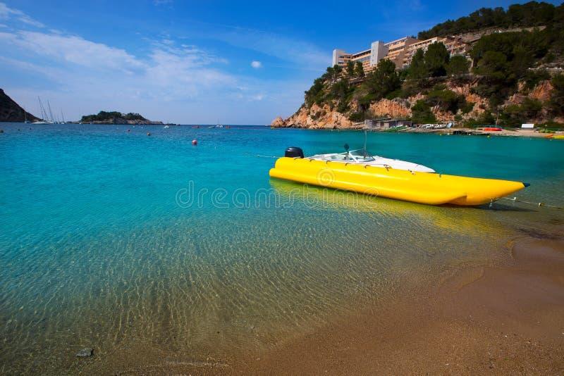 伊维萨岛Port de Sant Miquel圣米格尔火山海滩在巴利阿里群岛 图库摄影