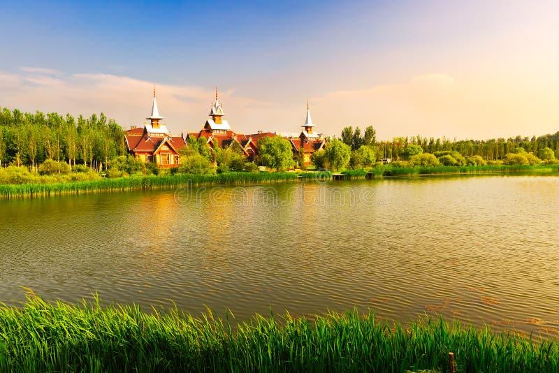 Download 伏尔加河旅馆 库存照片. 图片 包括有 欧洲, 信仰, 庄园, 村庄, 日落, 天空, 本质, 风景, 宗教 - 30337742