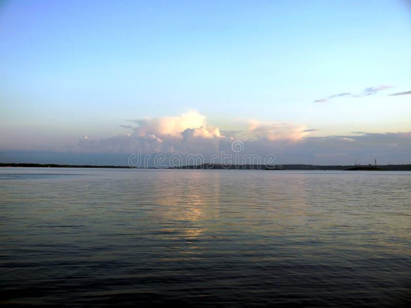伏尔加河的照片在萨拉托夫做了 库存照片