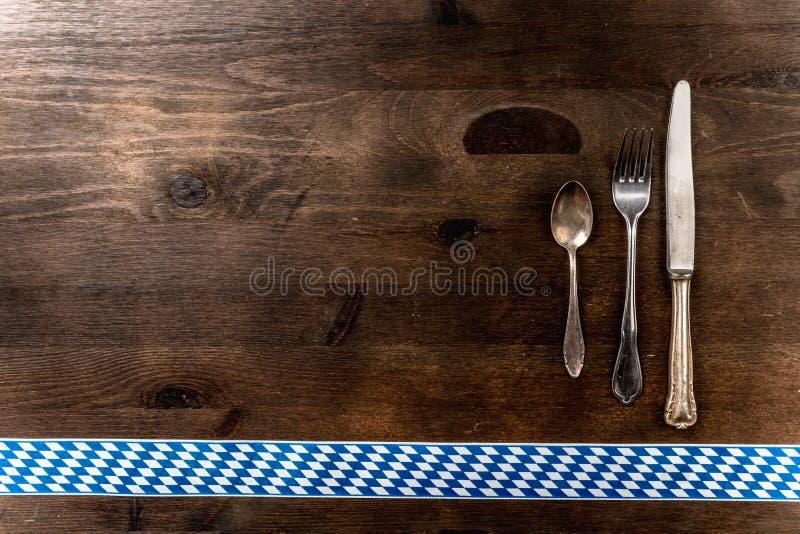 Download 巴伐利亚慕尼黑啤酒节背景利器 库存图片. 图片 包括有 厨房, 餐馆, 宴餐, 淫秽, 叫化子, 菜单, 节日 - 72362795