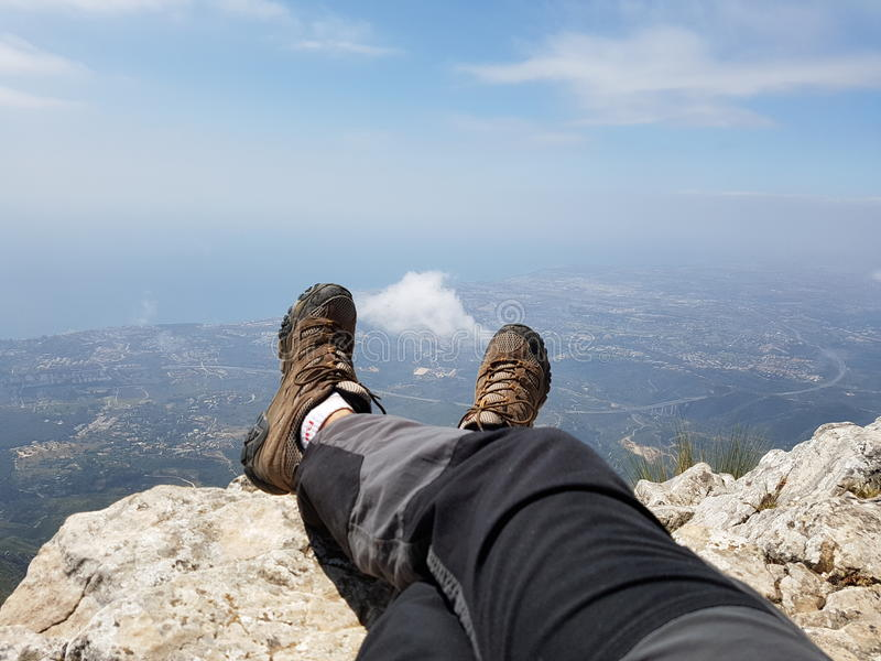 休息在山顶部在马尔韦利亚西班牙 库存照片