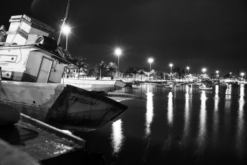 休息在次日的渔船 免版税库存照片