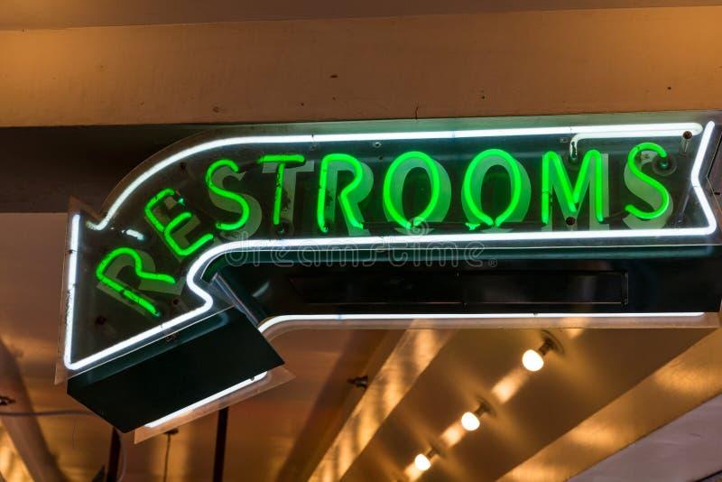 休息室签到绿色氖 免版税库存照片