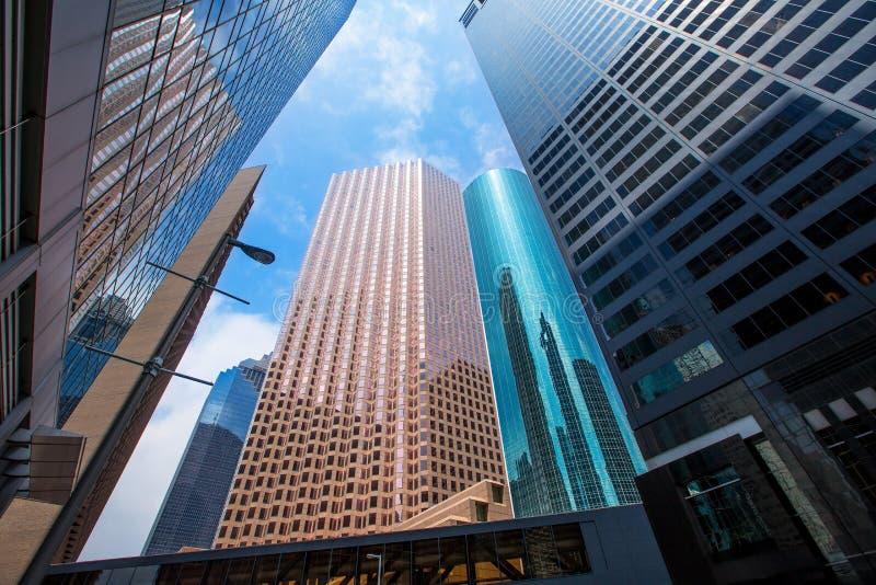 休斯敦街市摩天大楼disctict蓝天镜子 图库摄影
