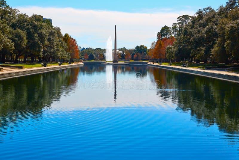 休斯敦赫尔曼公园先驱纪念品方尖碑 免版税库存照片