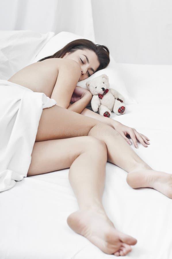 休眠的女孩喜欢一点 免版税库存照片