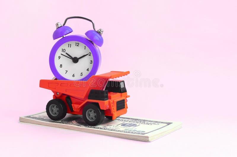 优化和合理的时间管理 工作的代表团在事务的 免版税库存图片