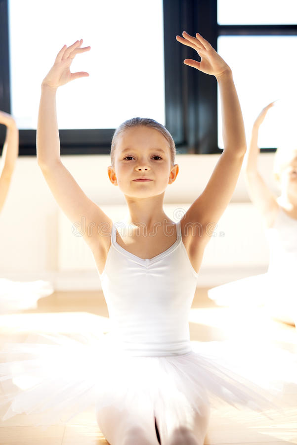 优美的相当小芭蕾舞女演员 库存图片