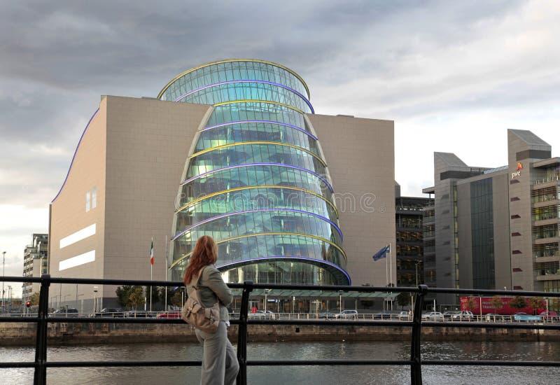 会议中心,港区地区,都伯林,爱尔兰。 免版税库存照片
