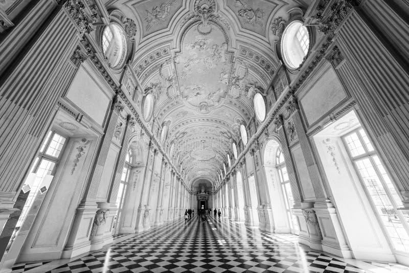 伟大的画廊,在韦纳里亚雷亚莱王宫,前roya 库存照片