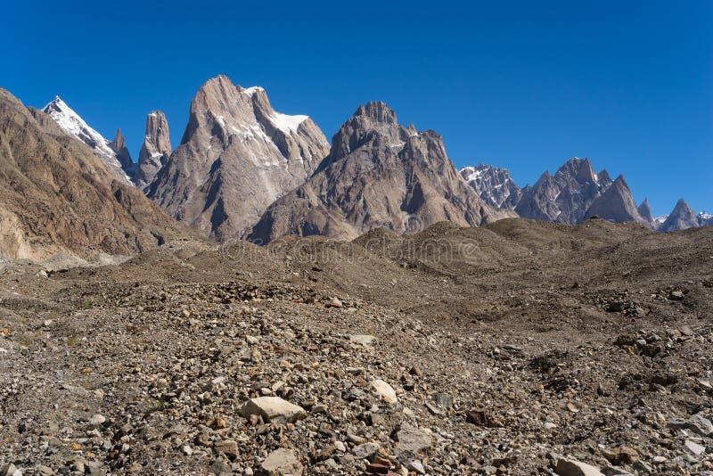 伟大的Trango塔峭壁和Trango塔家庭, K2艰苦跋涉, Pakis 库存照片