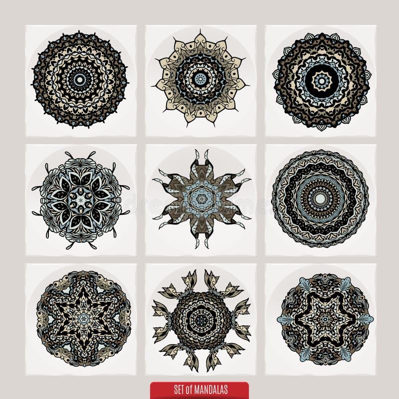 传染媒介套根据传统亚洲装饰品的无刺指甲花花卉元素 佩兹利Mehndi乱画汇集 向量例证