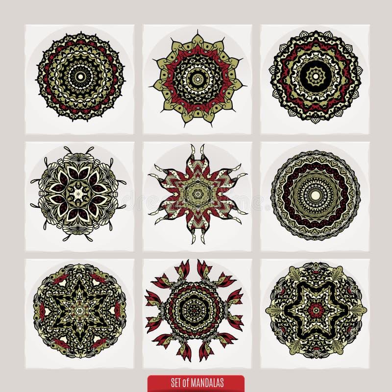 传染媒介套根据传统亚洲装饰品的无刺指甲花花卉元素 佩兹利Mehndi乱画汇集 库存例证