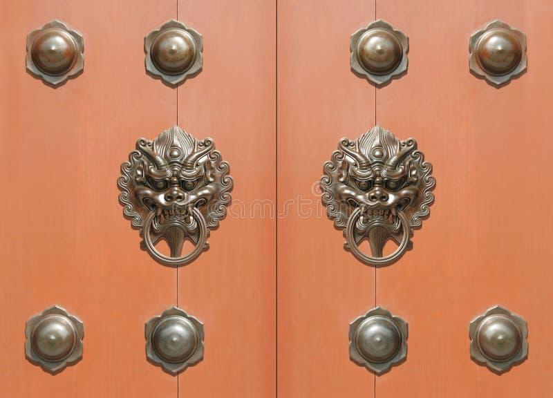 传统中国的门 免版税图库摄影