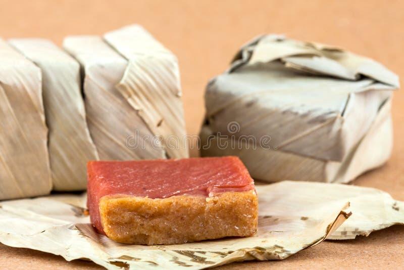 传统哥伦比亚的甜点叫Bocadillo 库存照片