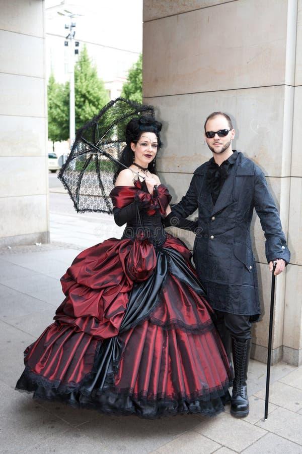 传统夫妇的gotik treffen通知 免版税库存照片