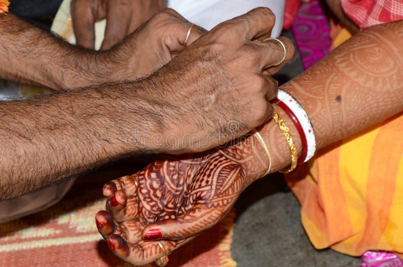 传统孟加拉婚姻和仪式 免版税库存照片