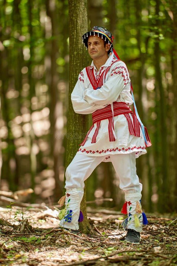 传统服装的罗马尼亚人 图库摄影