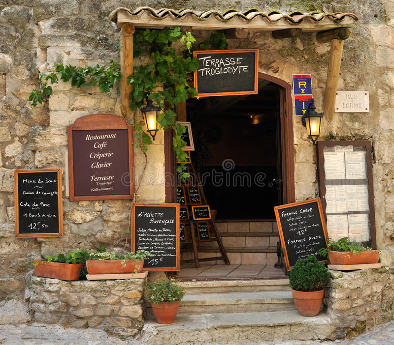 传统法国的餐馆 免版税库存图片