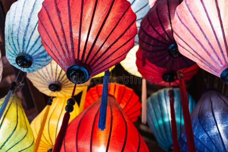 传统红色会安市纸灯,越南 库存照片