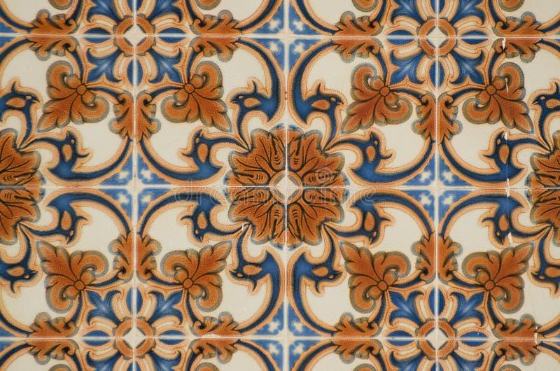 传统给上釉的葡萄牙的瓦片 图库摄影