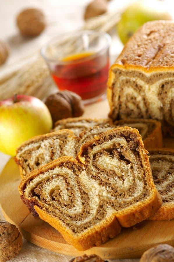 传统蛋糕的螺母 免版税库存照片