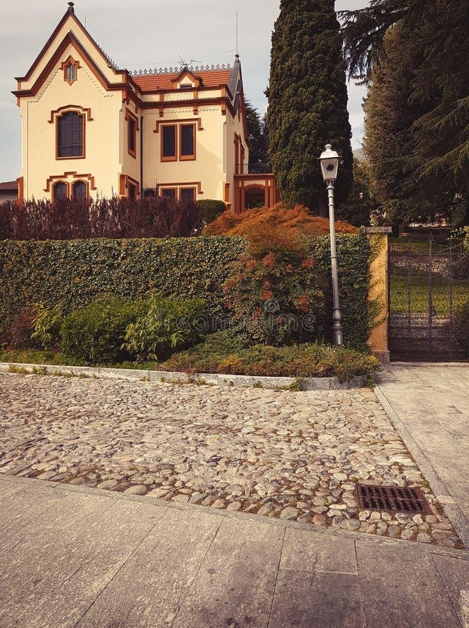 传统议院在意大利 免版税库存照片