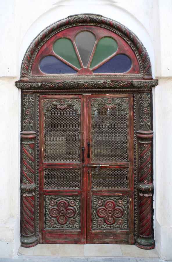 传统阿拉伯门的样式 图库摄影