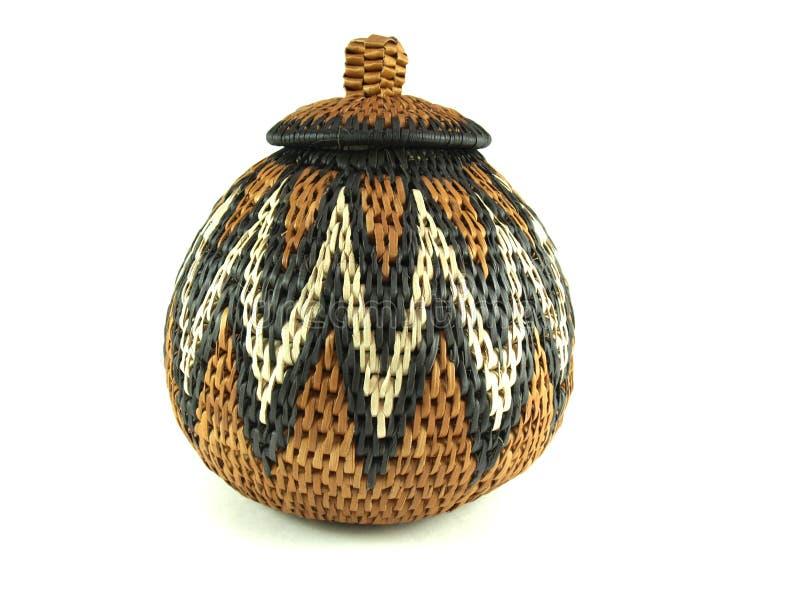 传统非洲的篮子 库存图片
