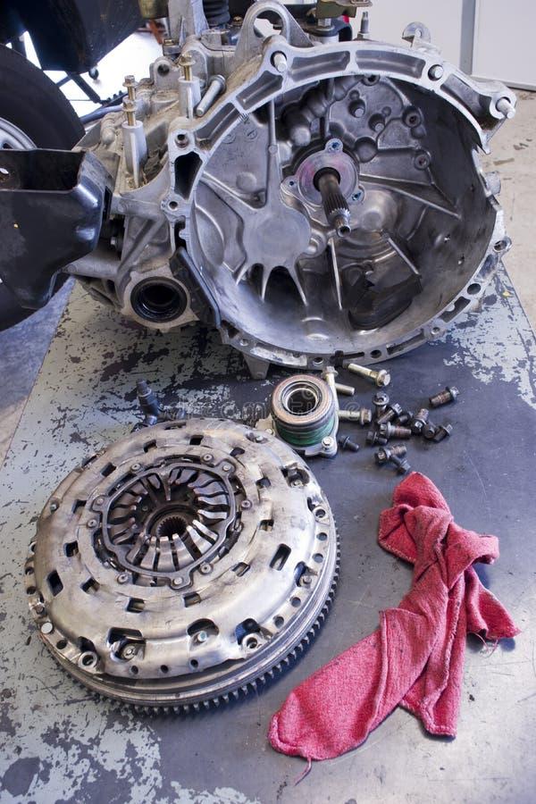 传输变扭器桌布飞行员轴承螺栓 免版税库存图片