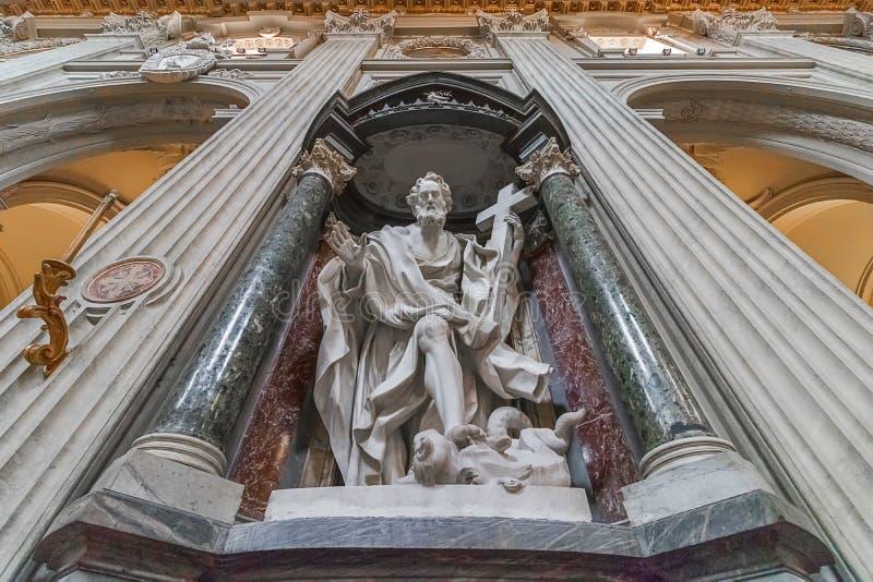 传道者雕象  圣乔凡尼大教堂在罗马大教堂二的 库存图片