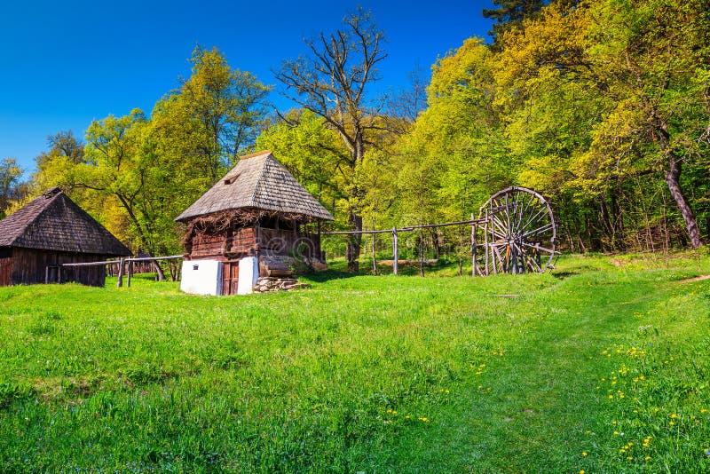 传统农民房子,阿斯特拉民族志学村庄博物馆,锡比乌,罗马尼亚,欧洲 免版税库存图片