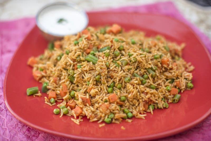 传统印地安食物菜Biryani用米 库存照片