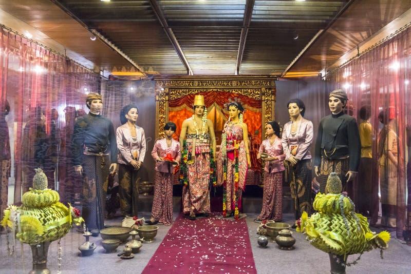 传统印度尼西亚衣裳 库存图片