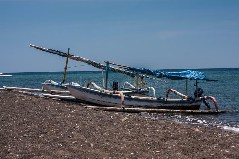 传统巴厘岛渔夫小船 图库摄影