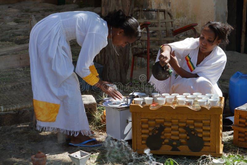 传统咖啡仪式在埃塞俄比亚 库存图片