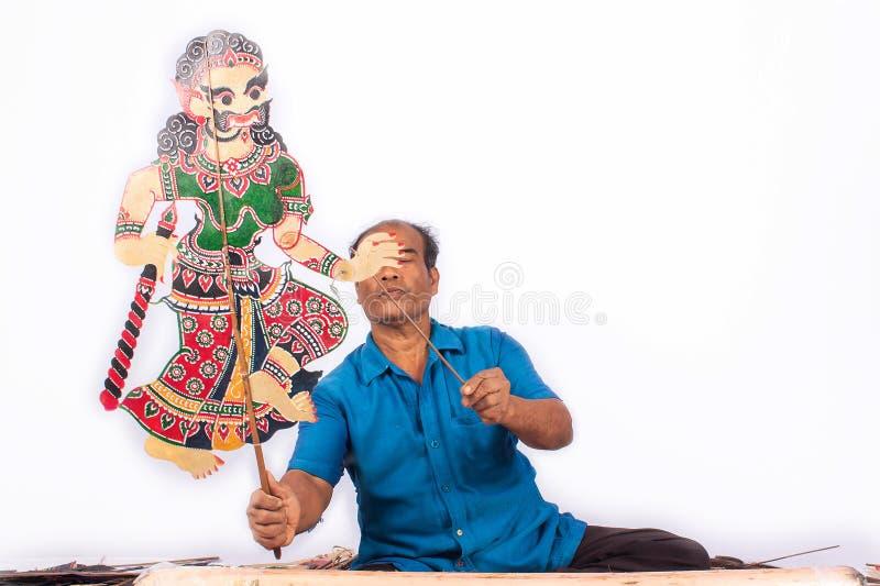 传统在泰国阴影木偶戏南部 免版税库存照片