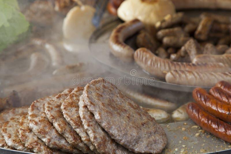 传统巴尔干食物, BBQ 免版税库存图片
