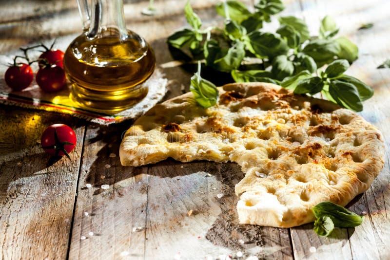 传统意大利focaccia面包 库存图片