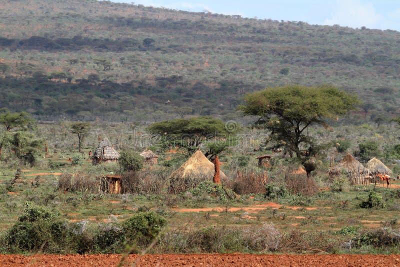 传统房子和村庄在非洲 免版税库存照片