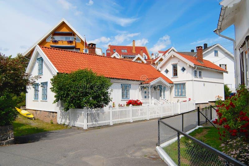 传统挪威房子的外部在Frogn,挪威 免版税库存图片
