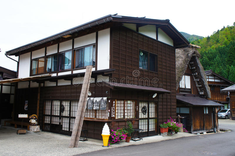 传统日本家庭样式在历史的村庄白川町去,岐阜县 库存照片
