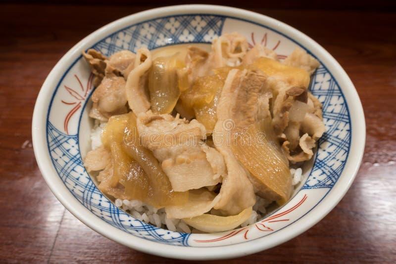 传统日本猪肉碗 免版税库存照片