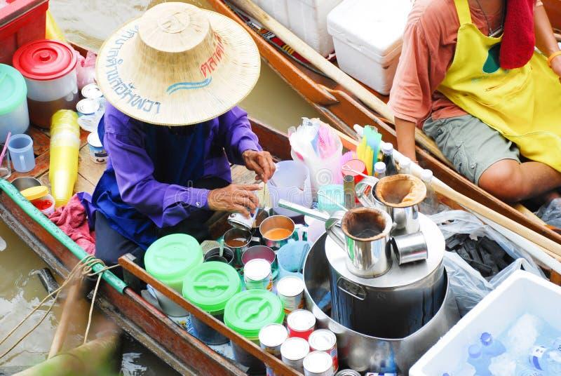 传统浮动市场在泰国 免版税库存图片