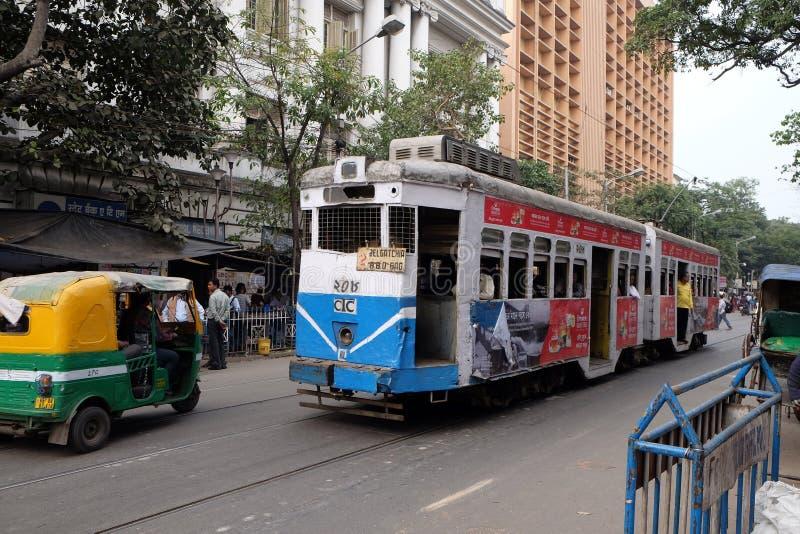 传统电车在加尔各答 免版税库存图片