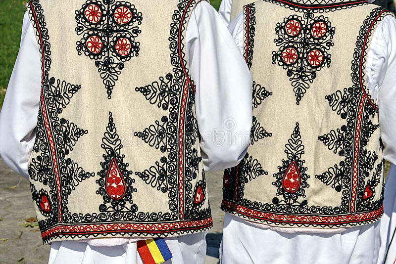传统罗马尼亚民间服装。细节34 免版税库存图片
