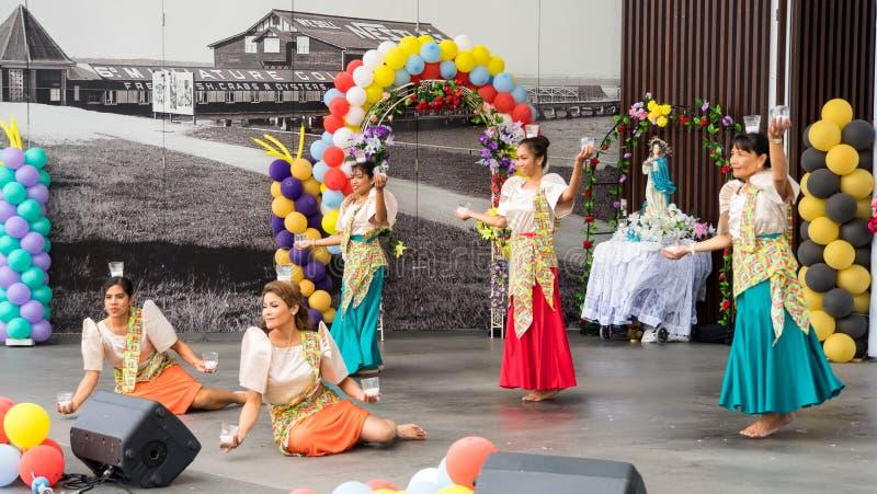 传统菲律宾舞蹈 库存照片
