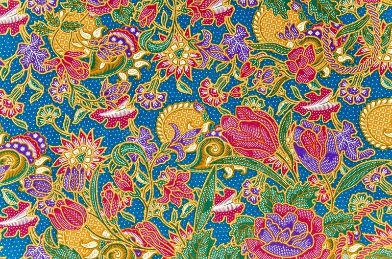 传统蜡染布布裙样式 免版税库存图片