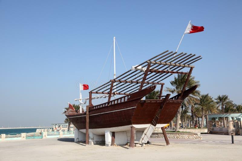 传统阿拉伯单桅三角帆船在巴林 免版税库存图片