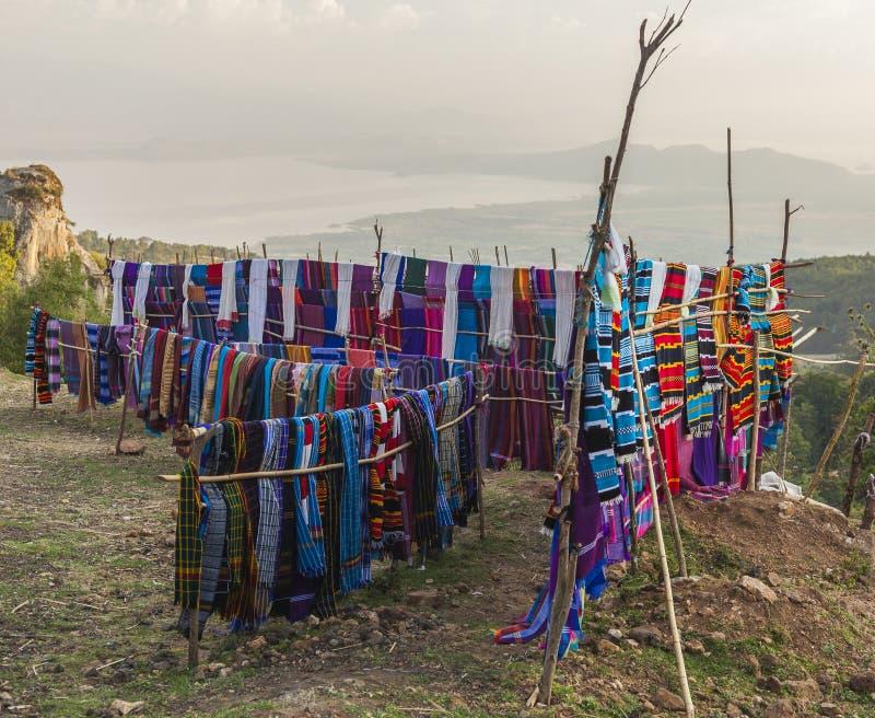 传统Dorze市场 Hayzo村庄 Dorze 埃塞俄比亚 免版税库存图片